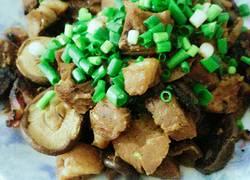 香菇炖牛肉