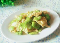 蚕豆米炒鸡蛋