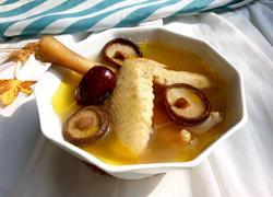 香菇老母鸡汤
