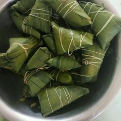 简单板栗蜜枣糯米粽子小点心