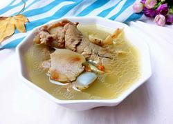 鲜土茯苓猪骨汤