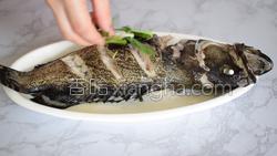 清蒸石斑鱼的做法图解13