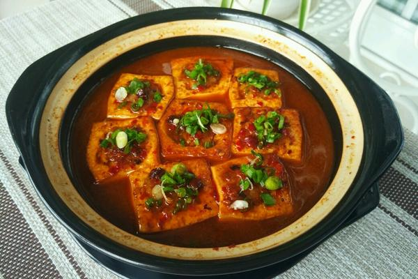 砂锅豆腐酿肉
