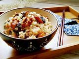 鸡丁香菇焖饭的做法[图]