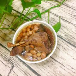生地花生水鸭汤的做法[图]