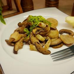 香草黑椒烤蘑菇