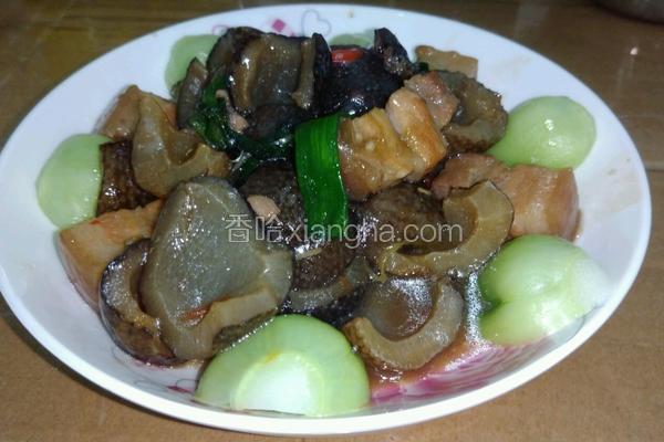 红烧肉焖海参