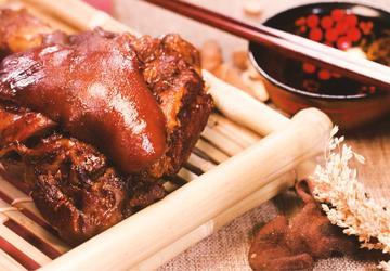 苏造肘子丨香草膳食的传承与清宫御膳的考究,这只肘子才可配年菜