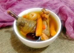 山茶油炖黑鸡汤