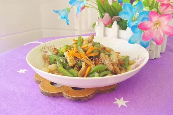 胡萝卜青椒炒肉
