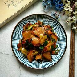 蒜苗炒薰肉