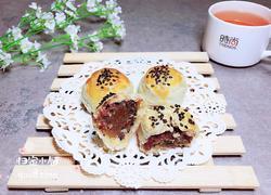 肉松莲蓉月饼