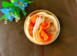 金针菇番茄椰汁牛骨汤