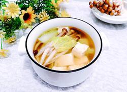 蟹味菇白菜豆腐汤