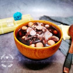 黑米莲子百合汤的做法[图]