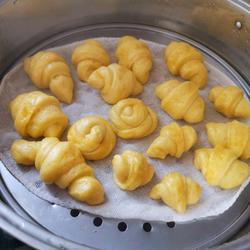 宝宝版南瓜牛角包的做法[图]