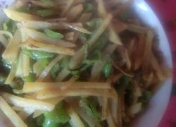 土豆炒青椒