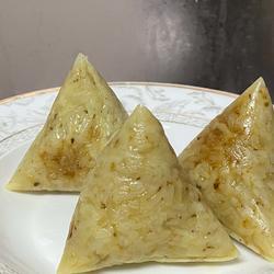 大米肉粽子