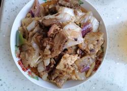 猪肘子炒白菜豆腐