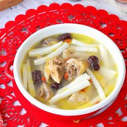 椰子鲜鸡汤